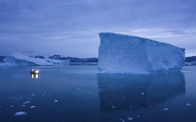 Ledová plocha v Grónsku taje až sedmkrát rychleji než před 30 lety
