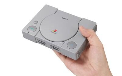 Legendárna prvá konzola Playstation je späť. Na Slovensku ju v miniatúrnej verzii kúpiš za 99 eur