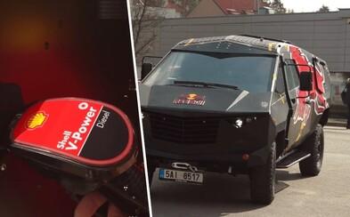 Legendárne párty auto Red Bull Saurus tankovalo na Shell. Uhádni, koľko litrov paliva načerpalo a vyhraj palivovú kartu