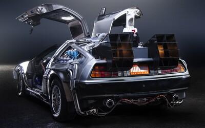 Legendárny DeLorean z Návratu do budúcnosti ide opäť do výroby. Za 100 tisíc dolárov si ho môžeš zaobstarať aj ty