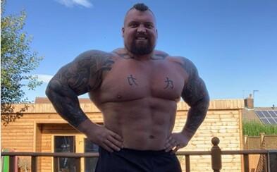 Legendárny Eddie Hall schudol cez 25 kíl a vypracoval sa na absolútne monštrum. Ku predošlému režimu by sa už vrátiť nechcel
