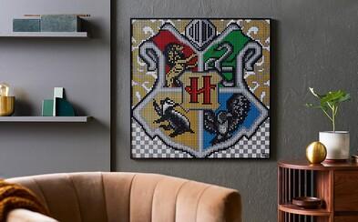 LEGO přináší svět Harryho Pottera na tvou zeď. Postav si erb své oblíbené koleje