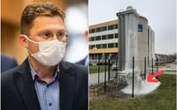 Lekár Visolajský: Pribúda nám počet dusiacich sa pacientov, ani ľahší lockdown nemusí pomôcť