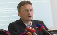 Lekár Visolajský: Vakcínu Sputnik by sme mali nakúpiť do zásoby, očkovať môžeme začať po jej schválení