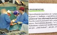 Lekár z Topoľčian vyvesil oznam, že bude vyšetrovať len zaočkovaných. Takto vysvetlil svoje rozhodnutie
