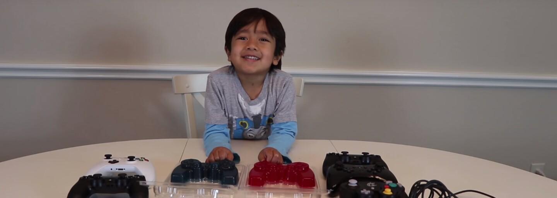Len 6-ročný chlapček je hviezdou na YouTube. Tento rok zarobil 11 miliónov dolárov len za to, že sa hrá s hračkami