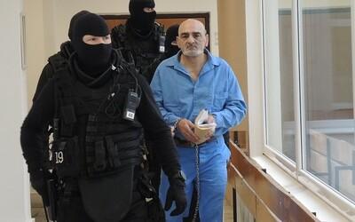 Leopoldovského dozorcu pri úteku bodli do srdca, ten sa ale ďalej bránil, spomína na útek väzňov bývalý vyšetrovateľ