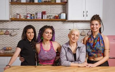 Lesbická rodina se musela po účinkování v ruské reklamě přestěhovat do Španělska. Doma jim vyhrožovali smrtí
