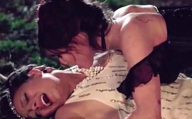 Lesbické upírky v krvavém snímku od Jamese Franca přichází s prvním trailerem