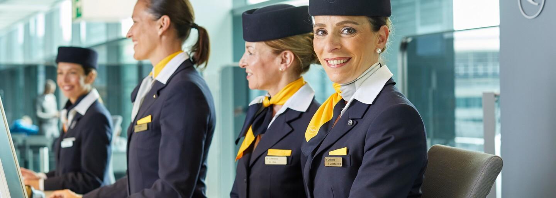 """Letecká společnost Lufthansa končí s oslovením """"dámy a pánové"""". Na palubě chce používat genderově neutrální uvítání"""