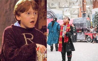 Letisko sa kvôli Vianociam zmenilo na svet Harryho Pottera. V Singapure nechýbajú metlobal, Chrabromilská veža ani Zúrivá vŕba