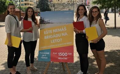 Letná brigáda za 1500 eur mesačne? Slovenské študentky v experimente upozorňovali mladých na obchod s ľuďmi