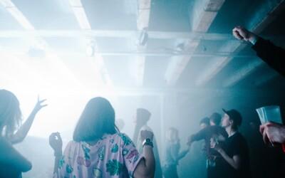 Leto skončilo, prichádza Nočná: Piatok v Novej Cvernovke sa bude niesť v znamení techna aj súčasného umenia