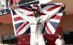 Lewis Hamilton má již šestý titul z F1. Směřuje k překonání Michaela Schumachera