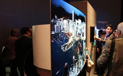 LG prichádza s obojstranným televízorom. Zatiaľ ide o prototyp, ale na trhu by mohol byť už o pár rokov