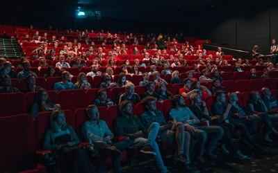 Lidé už do kin nechtějí chodit, ani když je znovu otevřou. Až 70 % lidí by nové filmy raději sledovalo doma, za stejné ceny