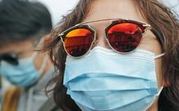 Lidí v karanténě kvůli koronaviru přibývá. V izolaci mají nárok na stejné podmínky jako na nemocenské