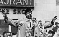 Lídra hnutí za občanská práva zatkli, protože byl gay. 33 let po jeho smrti je šance, že mu konečně udělí milost