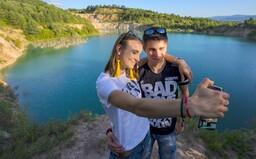 Liečivý kráter, divoká rieka, banské jazero a smaragdové lomy. Päť miest na východe, kde sa zadarmo okúpeš v divokej prírode