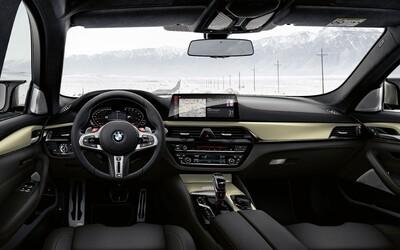Limitovaná M5 má 625 koní a unikátní zlatý interiér