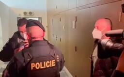 Lipovská přišla na Radu ČT v doprovodu policie. Ředitele Dvořáka obvinila ze střetu zájmů