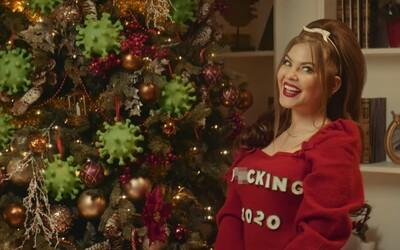Little Big vzkazují roku 2020: S*ck My D*ck! Santa jim ve videu nadělil koronavirus, požáry v Austrálii nebo kalašnikov