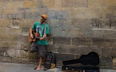 Londýnští pouliční muzikanti začnou přijímat platby kartou