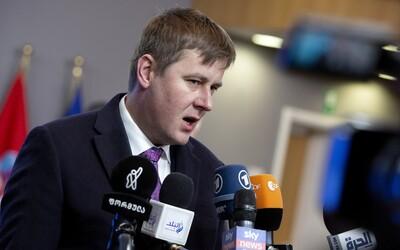 Lotyšsko a Estonsko vyřadily Česko ze seznamu nebezpečných zemí, uvedl Petříček. Češi do nich mohou cestovat bez omezení