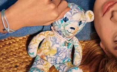 Louis Vuitton vytvořil plyšového medvídka pro UNICEF. Z prodejní částky 21 tisíc korun organizaci dá přibližně 20 %