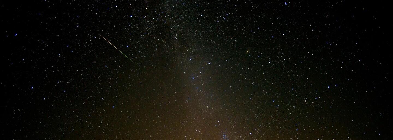Ľudia si poslednú noc užívali očarujúcu krásu Perzeidov. Toto sú najlepšie fotografie vesmírneho divadla