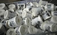 Ľudia v Austrálii pre koronavírus vykúpili toaletný papier. Noviny preto tlačia prázdne strany, do ktorých sa môžeš utrieť