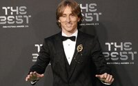 Luka Modrić porazil Cristiana Ronalda a stal sa najlepším hráčom FIFA