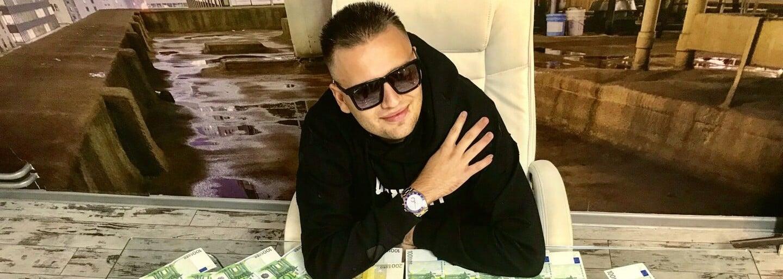 Lukáš Frlajs si nekompromisne podal internetového milionára KingDubaja. Tomu dokonca hackeri zablokovali Instagram