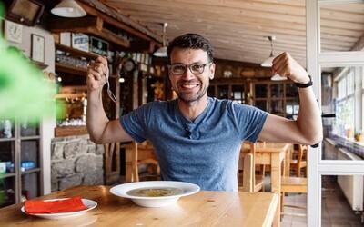 Lukáš Hejlík: Keď chcem cudzinca zoznámiť s českým jedlom, vezmem ho na kulajdu