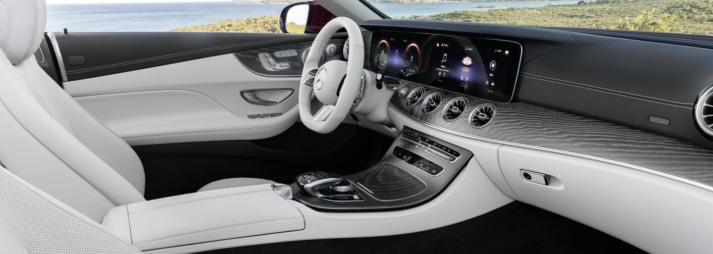 Luxusný Mercedes E kupé a kabriolet dostali novú tvár a výkonnejšie motory