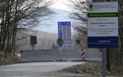 Maďarsko pre koronavírus sprísňuje kontrolu hraníc. Vláda chce zabrániť prenášaniu nákazy zo zahraničia