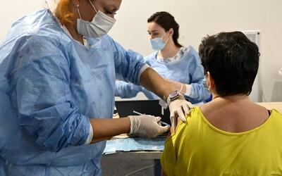 Maďarští zdravotníci se musí nechat do září povinně očkovat, jinak přijdou o práci