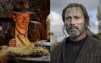 Mads Mikkelsen si zahrá po boku Harrisona Forda vo filme Indiana Jones 5. V čase premiéry bude mať Ford 80 rokov