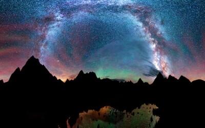 Magická nočná obloha odhaľuje svoju nevídanú krásu