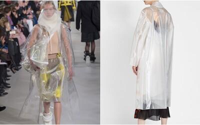 Maison Margiela chce za obyčejnou pláštěnku z průhledného plastu 41 tisíc korun