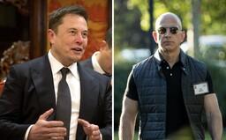 Majetky nejbohatších lidí světa stále rostou. Elon Musk i Jeff Bezos pokořili nové hranice