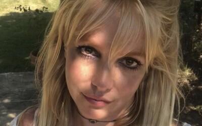 Majetok Britney Spears bude naďalej spravovať jej otec. Speváčka prehrala súd, bez kontroly si nemôže kúpiť ani kávu