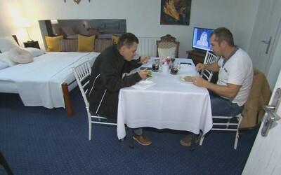 Majiteľ reštaurácie v Nitre vybabral s aktuálnymi obmedzeniami. Jedlo ti naservíruje v hotelovej izbe, ktorú dostaneš zadarmo