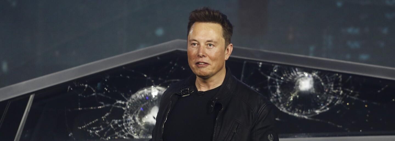 Makak Elona Muska ovládá videohru myšlenkami. Jde o další úspěch ve vývoji mozkového čipu Neuralink