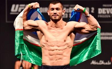 Makhmud Muradov vysvětlil, proč nebude nosit českou vlajku. Fanoušků si váží, ale má problém s úřady