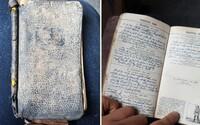 Mal ho zrecyklovať, ale zistil, že ide o vzácny denník plný zápiskov z roku 1941. Druhá svetová vojna získala ďalšiu sériu príbehov