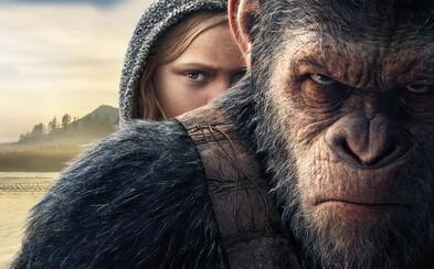 Malcolm z Úsvitu planéty opíc zomrel rukou plukovníka. Prezrádza to vystrihnutá scéna z Vojny o planétu opíc