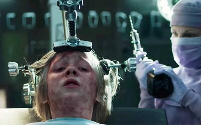 Malého chlapca mučí nebezpečná choroba aj démoni. Okolie si ale myslí, že má iba halucinácie