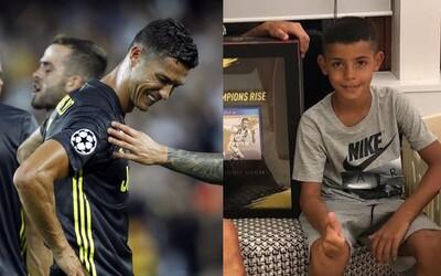 Malý syn Cristiana Ronalda mu už dnes hovorí, že raz bude lepší futbalista ako on. Portugalčan ho však stihol schladiť