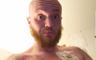 Mám rakovinu a nedožijem sa vydania novej hry, napísal. Štúdio ju teda mužovi poskytlo v predstihu
